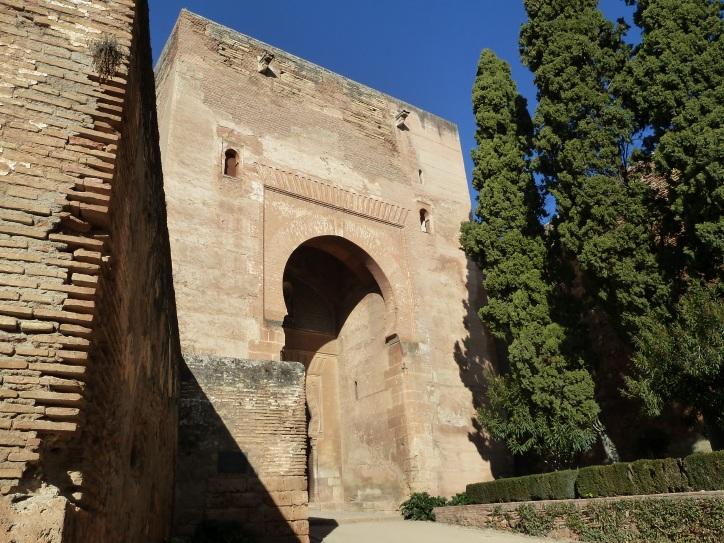 Puerta de la Alhambra