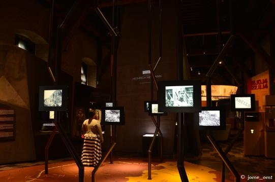 "Interior del ""In Flanders Fields Museum"""